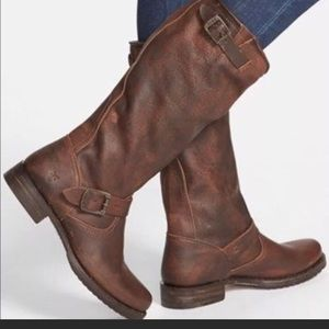 Frye Veronica Leather slouch Knee high w buckle